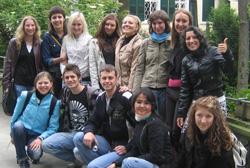 Gruppe mit Jugendlichen